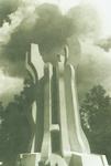 "DAN ANTIFAŠISTIČKE BORBE, Spomenik antifašističkoj borbi ""Debeli brijest"" u šumi Brezovica kod Siska, rad Želimira Janeša, 1981."