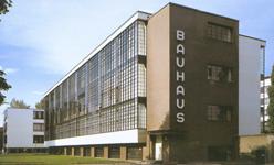 Walter GROPIUS, zgrada Bauhausa, 1926., Dessau